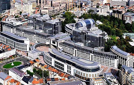 Una giornata al parlamento europeo futuro europa for Lavorare in parlamento