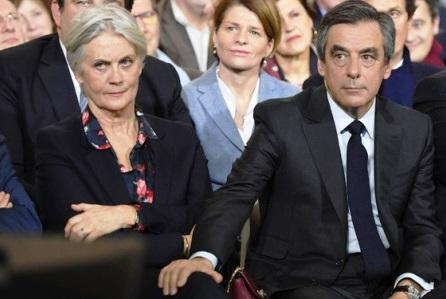 Francia, parla moglie di Fillon: François vada fino in fondo